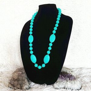 🧩Munchables Bright Turquoise Rubber Bead Necklace